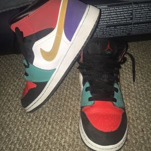 Air Jordan 1 Mid-Multi colored